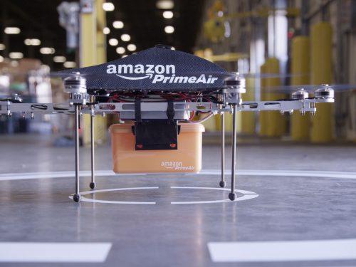Amazon Prime Air: Spedizioni con droidi volanti in 30 minuti